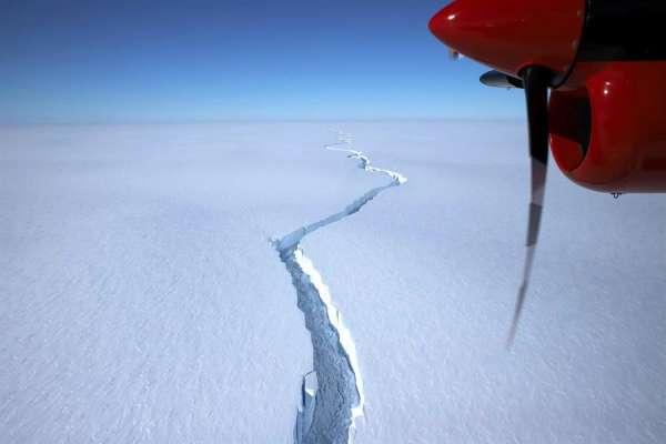Iceberg del tamaño de Londres, se desprende de la Antártida
