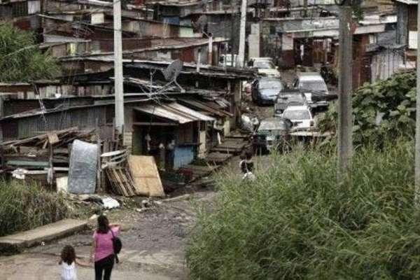 La pobreza en Ecuador creció en 2020 más de 7 puntos