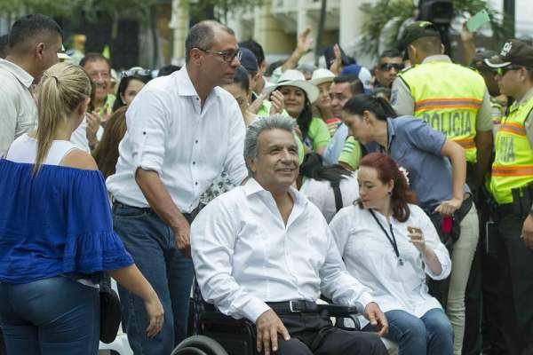 Moreno expone razones por las que se desafilió de Alianza País