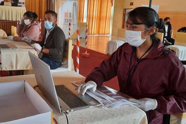 Bolivia vuelve a las urnas para elegir a sus autoridades locales