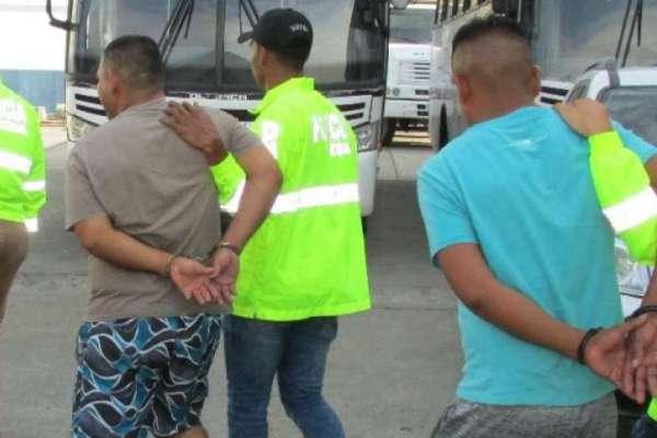 Detienen a 6 sujetos por la construcción de la narcopista más grande del país