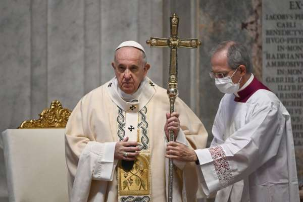 El Vaticano aclara que no puede bendecir uniones entre homosexuales