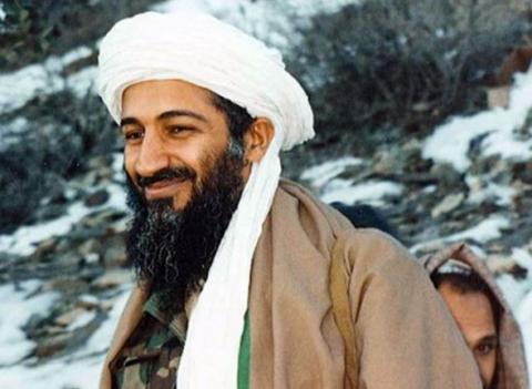 El líder de la célula yihadista Al Qaeda falleció diez años después del atentado que lo convirtió en el enemigo número 1 de la nación norteamericana. Tras reinvindicar el atentado, estuvo prófugo. Murió el 2 de mayo de 2011 a manos de la marina estadounidense en Pakistán.