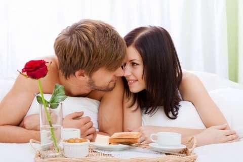 Dependiendo del país se conoce con distintos nombres como por ejemplo: El Día del Amor y la Amistas o el Día de los Enamorados. Foto: Referencial