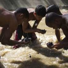 Chatarreros de río en Venezuela / Fotos: AP