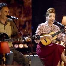 """Jorge Drexler, izquierda, y Natalia LaFourcade interpretan """"Telefonía"""". Foto: AP"""