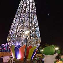 Cada acto estuvo acompañado de cantantes, bailarines y un gran show artístico.
