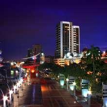 Guayaquil es un importante centro de comercio con influencia a nivel regional.