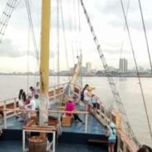 Decenas de turistas llegan a diario a la ciudad y optan por recorridos cortos en el Centro Histórico.