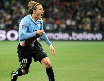 El delantero uruguayo criticó a la 'Tri' y elogió a la 'Celeste'. Foto: Archivo