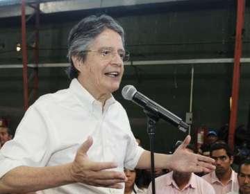 ECUADOR.- El candidato presidencial por el movimiento CREO plantea eliminar 12 impuestos para crear 1 millón de empleos. Foto: API
