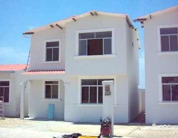 ECUADOR.- El alcalde Jaime Nebot explicó el impacto de la propuesta sobre una casa de 40 mil dólares. Foto: Archivo