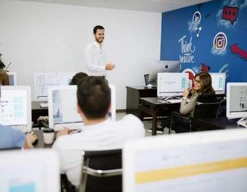 ECUADOR.- Hay desconocimiento que existe sobre las funciones que ejerce un Community Manager. Foto: Cortesía