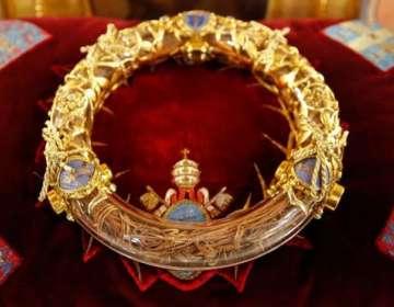 La corona de espinas es una de las reliquias más valoradas por los creyentes parisinos. GI