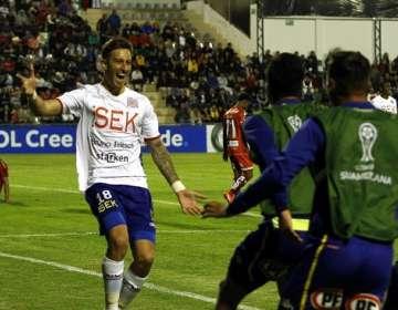 Jugadores de Unión Española celebran el triunfo. Foto: 24 horas Chile