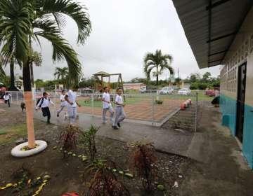 MARCELINO MARIDUEÑA, Ecuador.- 27 niños estudiarán en este plantel unidocente. Foto: Vicepresidencia