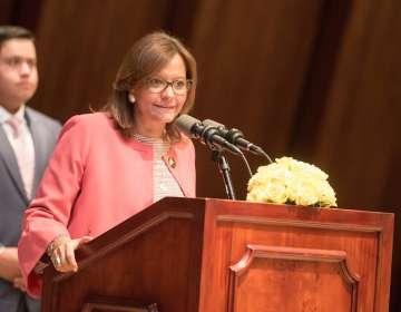 ECUADOR.- La presidenta analiza conformar alguna vicepresidencia legislativa o integrar el CAL. Foto: Asamblea