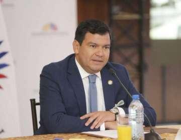 QUITO, Ecuador.- César Litardo confirmó la reestructuración de las comisiones legislativas este jueves. Foto: Asamblea