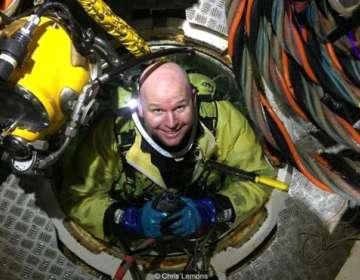Chris Lemons pasó 30 minutos en el fondo marino luego de que el cable que lo conectaba a la superficie se rompiera.