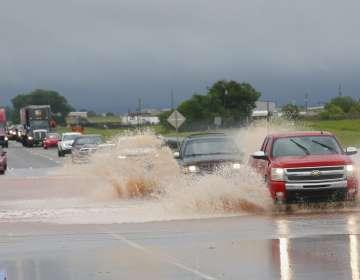 Fuertes tormentas azotan al sur de EEUU. Foto: AP