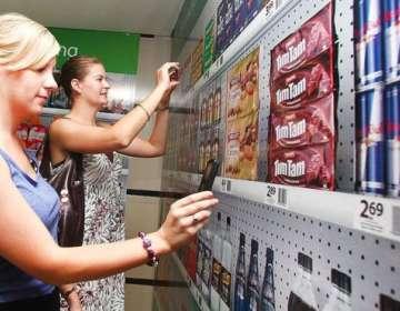 A través de aplicaciones, pronto se podrá conocer de dónde viene un determinado producto alimenticio. Foto: Getty Images