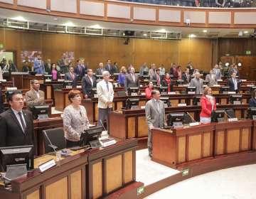 El presidente de la Asamblea, César Litardo, convocó a los asambleístas a las 10h00. Foto: Asamblea