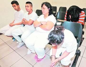 Siete personas fueron condenadas en San Salvador a entre 15 y 30 años de cárcel.