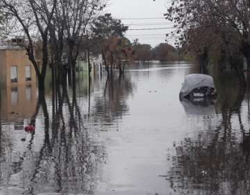 Desde el 11 de junio caen intensas precipitaciones sobre el territorio uruguayo. Foto: elpais.com.uy