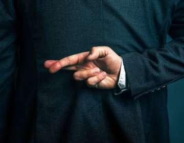Los que son buenos mintiendo les va mejor en los trabajos relacionados con ventas.