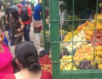 ECUADOR.- Según datos del Inec, la canasta básica en ese mes de 2019 se ubicó en $715,83.