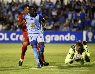 Moisés Corozo en un partido por Copa Sudamericana.