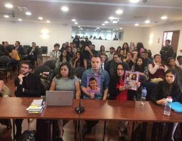 QUITO, Ecuador.- Familiares de la víctima acudieron a la diligencia donde se dictó sentencia. Foto: Fiscalía
