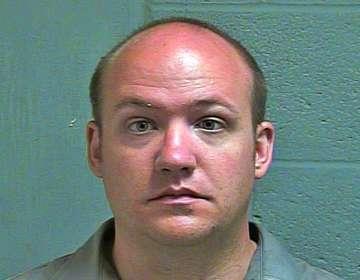 Hombre acusado de violar a niña en un local de comida en EEUU. Foto: AP