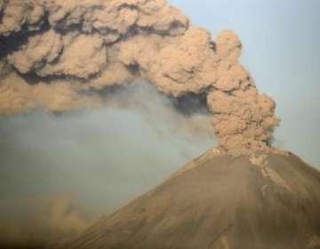 El volcán Ubinas, el más activo de Perú, no erupcionaba desde 2017.  Foto: AFP