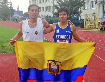 Sixto Moreta y Darwin Castro lograron, junto a sus guías, esas medallas para el país. Foto: Tomada de @DeporteEC