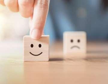Una gigantesca industria de la felicidad y el pensamiento positivo, valuada en cerca de US$11.000 millones al año.