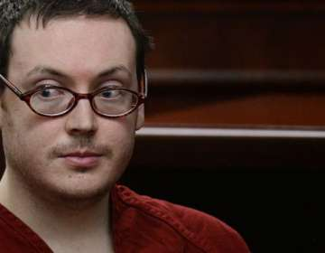 James Holmes estaba siendo tratado de esquizofrenia antes de perpetrar un ataque en un cine de Colorado en 2012.