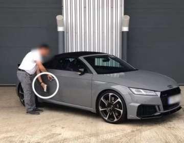 ¿Cuánto tiempo se tarda en forzar la puerta de un auto sin llave?
