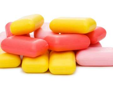 Gobierno dice que no está obligado a proveer servicios específicos, como dotación de jabón. Foto referencial / Internet