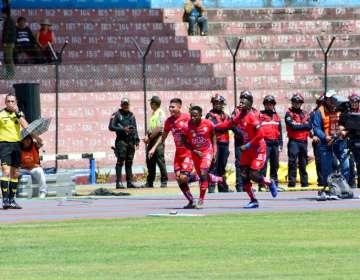 Los 'puros criollos' vencieron 2-0 al Olmedo en condición de visitante. Foto: API