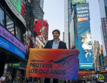 NUEVA YORK, EEUU.- El actor forma parte de la campaña del grupo ecologista Greenpeace. Foto: AFP