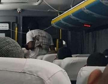 Imagen tomada dentro del autobús secuestrado en Río de Janeiro. Foto: Cortesía