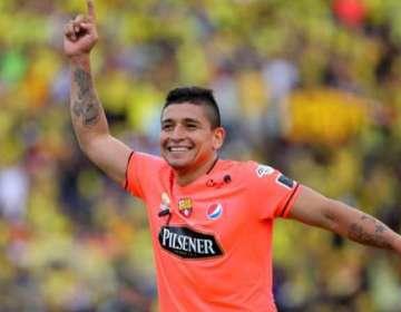 Mario Pineida, lateral de BSC.