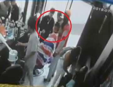 6 delincuentes asaltan con armas de fuego peluquería en Quito