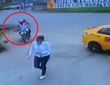 En 10 segundos un delincuente asalta a una joven