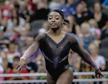 Simone Biles, gimnasta olímpico.