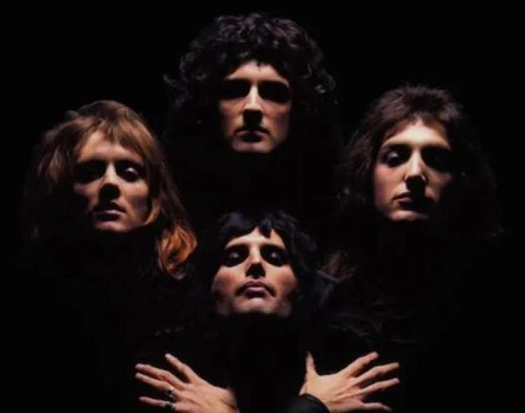 La canción fue lanzada en 1975.