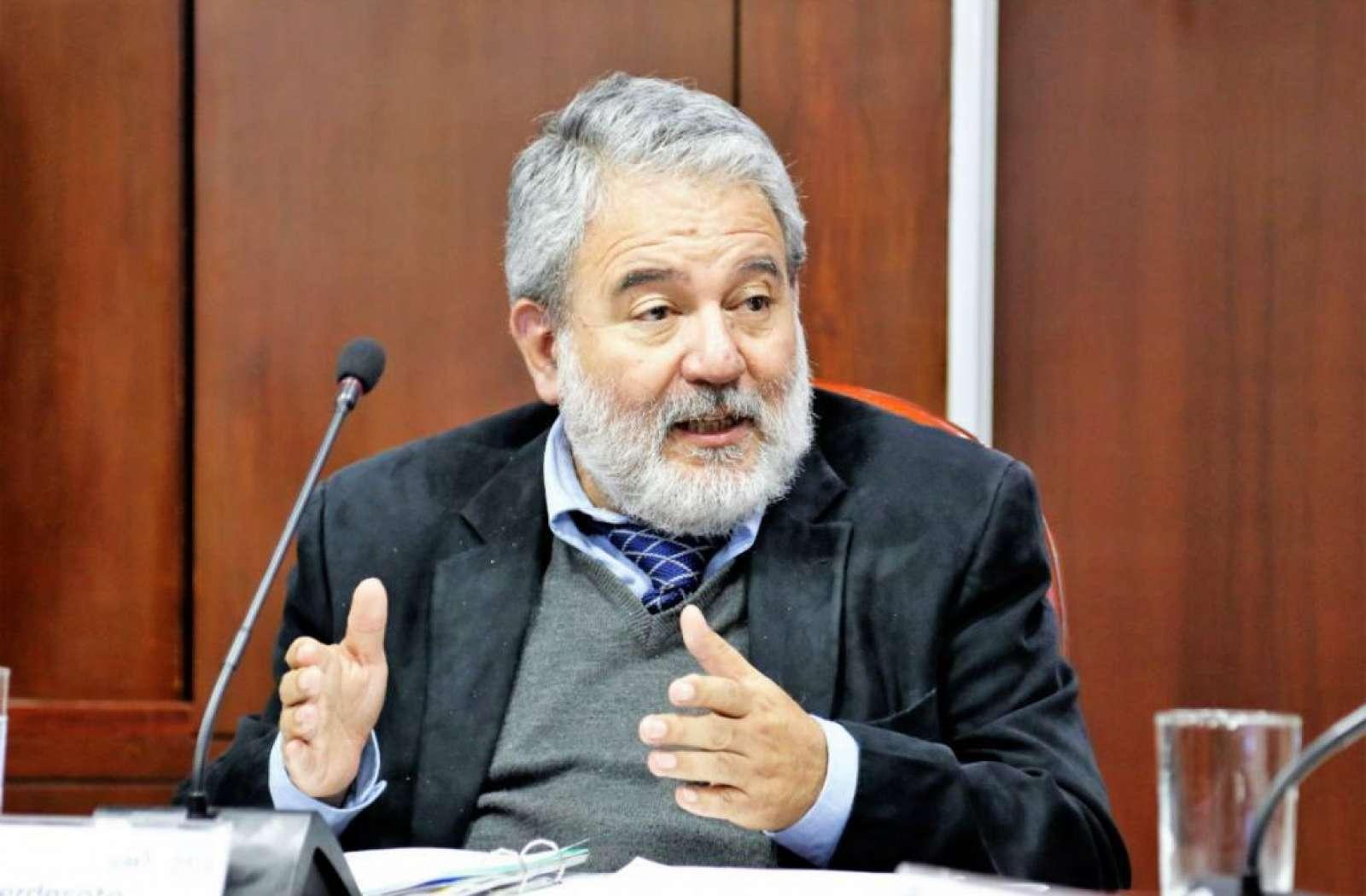Luis Verdesoto rechaza suspensión de Audiencia Pública de Escrutinios
