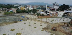 Mandatario visitó este viernes la denominada zona cero de Portoviejo. Foto: Twitter @ReconstruYo_Ec