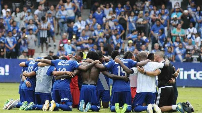 Emelec se impuso 2-0 a Guayaquil City en el estadio George Capwell / Fotos: API